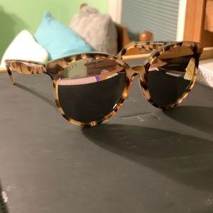 Diff sunglasses the Cosmo